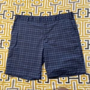 🌹Nike Golf Mens Black Gray Checkered Shorts 42